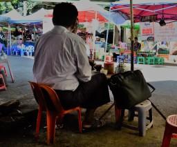 Rangún, los domingos y la comida china