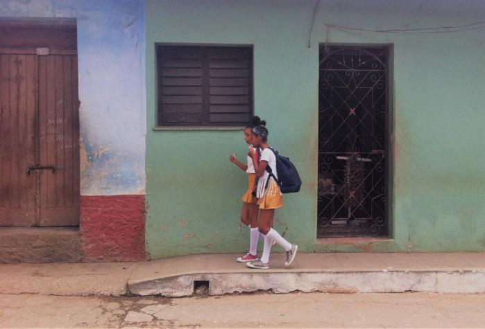 estudiantes cubanas trinidad
