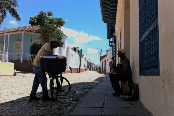MÚSICA CALLEJERA TRINIDAD CUBA