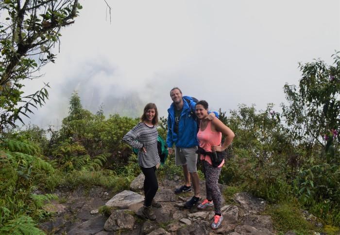 subiendo montaña machu picchu