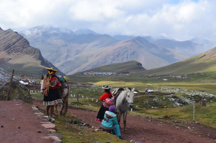 trajes típicos de montaña