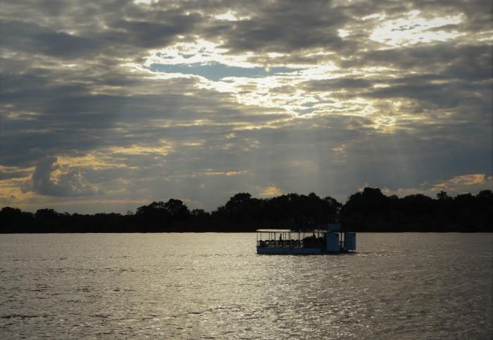 Crucero por el río Zambezi