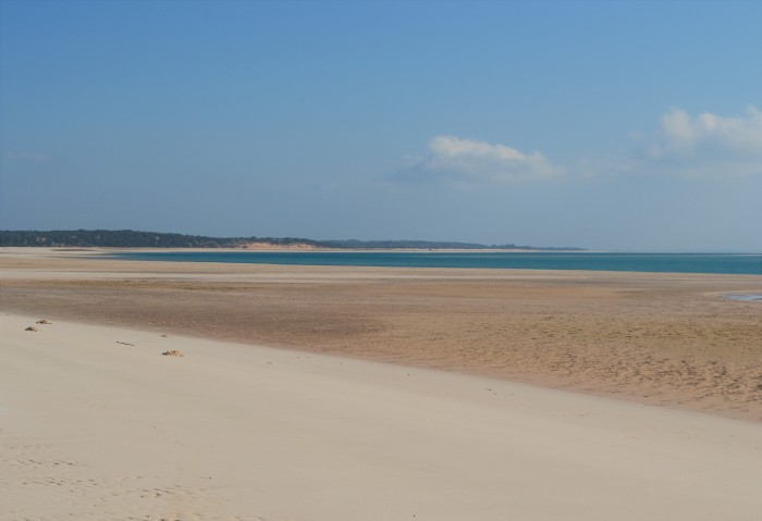Playa desierta en Mozambique