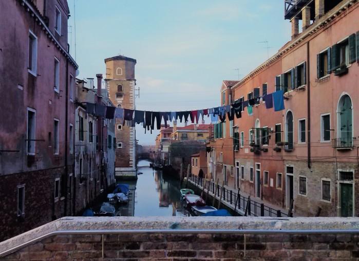 Ropa tendida Venecia