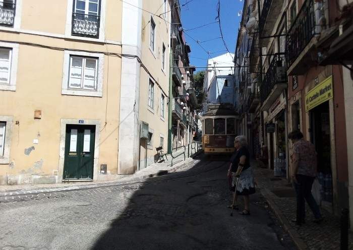 Alfama barrio