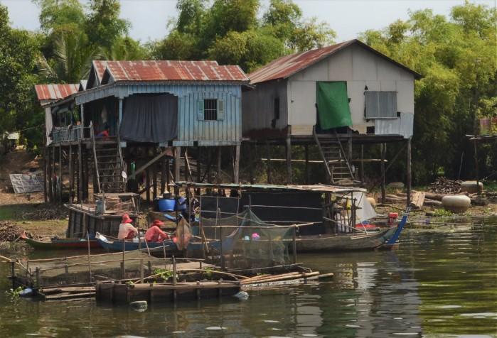 Tonlé Sap pueblo