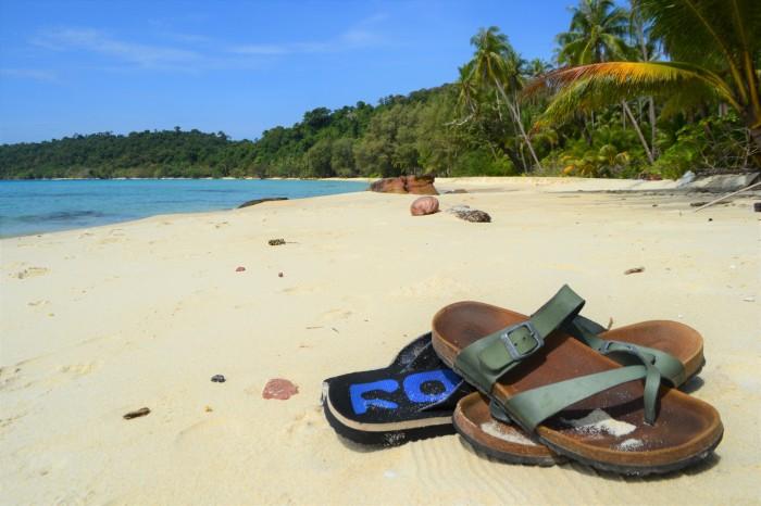 Playa desierta Tailandia