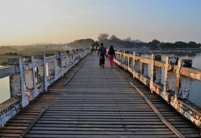 Puente madera Myanmar