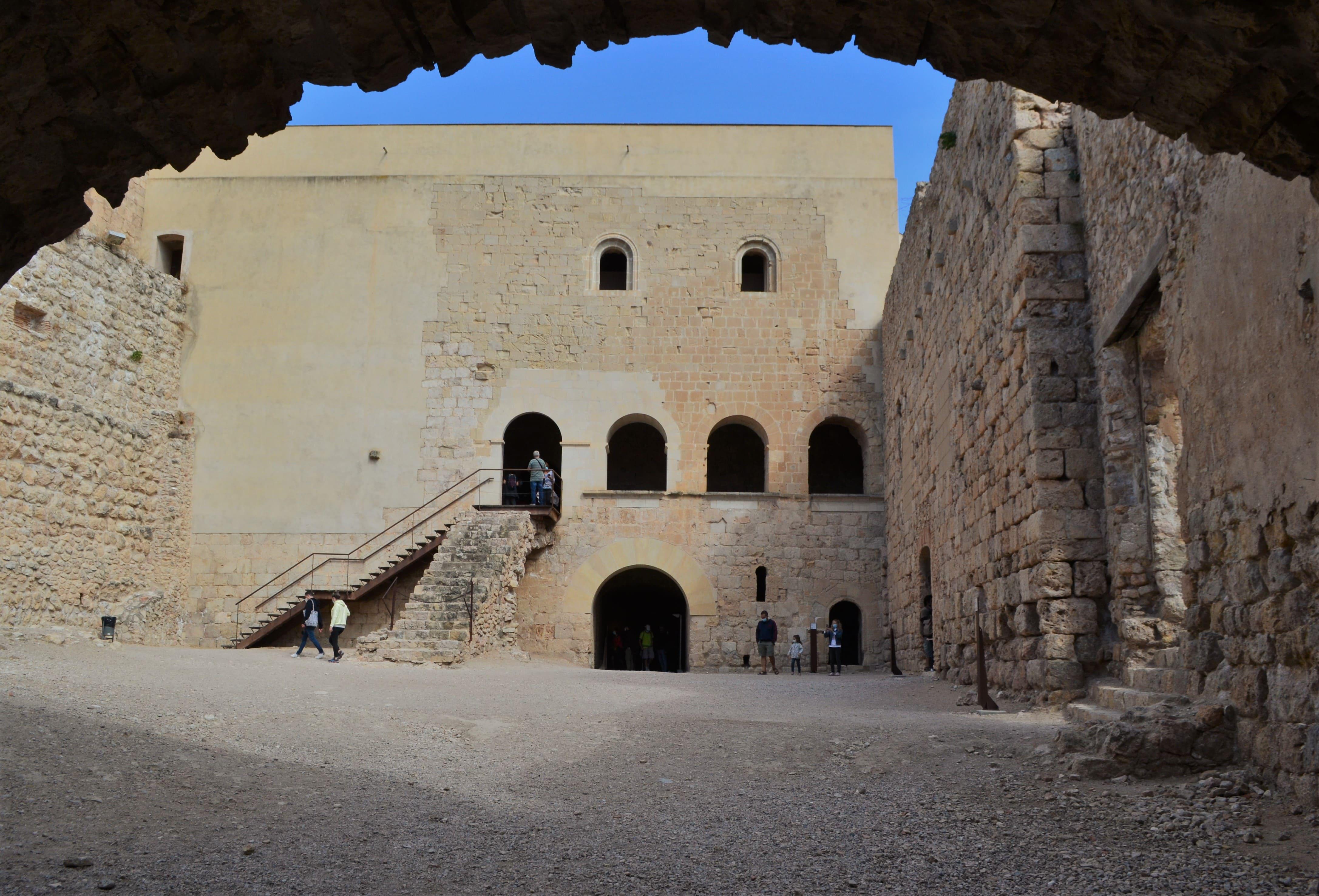 miravet castillo