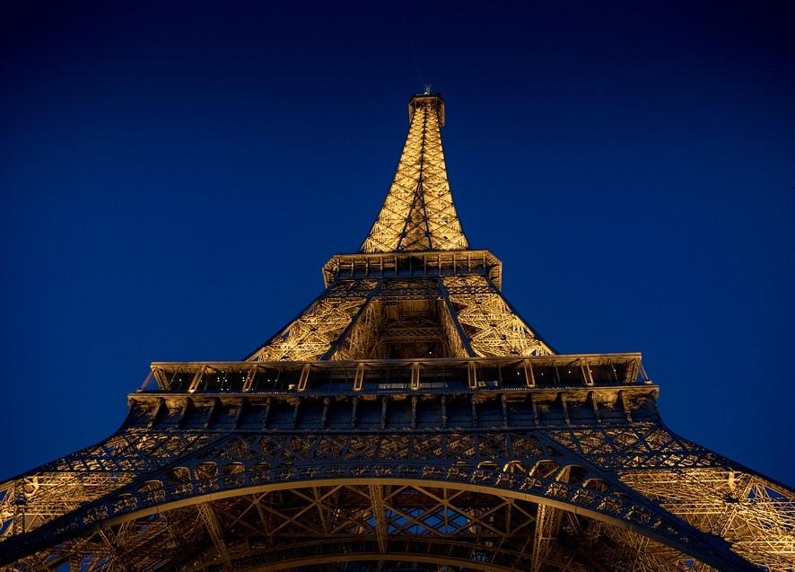 torre eiffel viajar